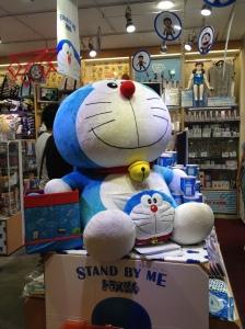 Doraemon posando para mi