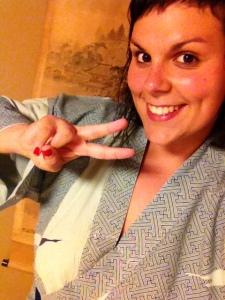 Aquí Lorena todo mona posando con el yukata del hotel <3